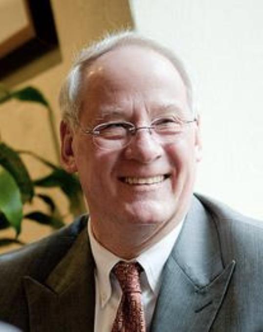 Dr. Ed Ray Headshot